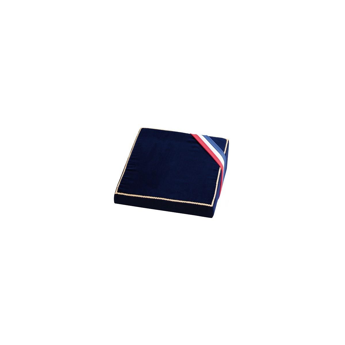 coussin de d coration sur forme mousse avec cravate tricolore velcro. Black Bedroom Furniture Sets. Home Design Ideas