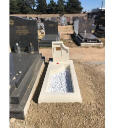 Monument funéraire provisoire